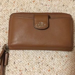 Brown coach leather wristlet, fits phone!